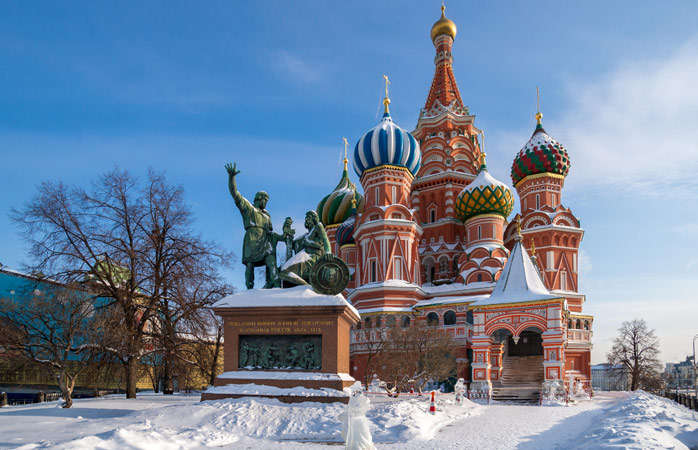Saint-Basils-Cathedral-Moscow-travel