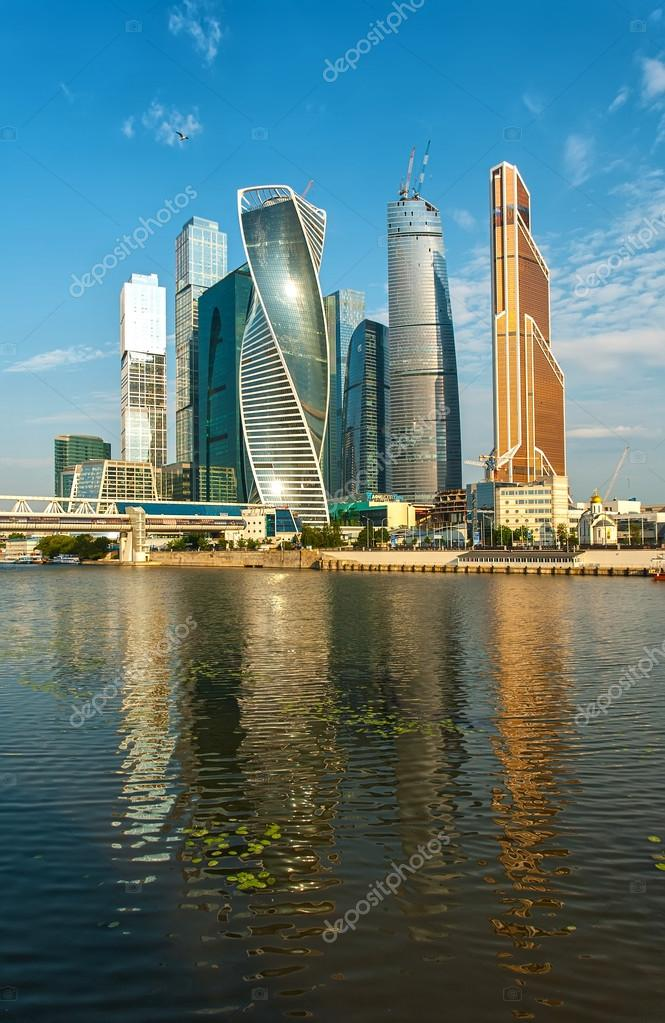 depositphotos 94865550-stock-photo-moscow-city-morning-summer-04