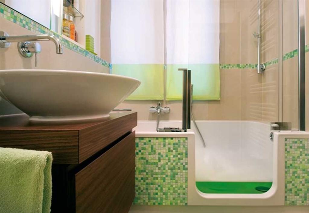 Kleine badezimmer groser wirken