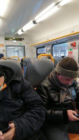 Поезд на МЦД-1 сломался и не поехал - фото 3