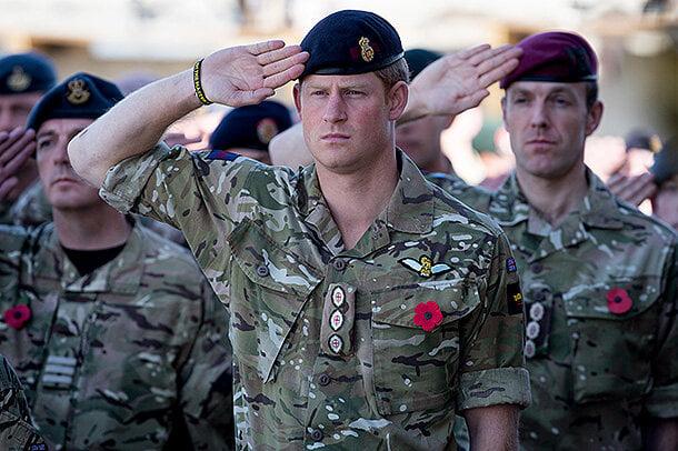 """Англия прекратила вывоз своих граждан и союзников из Афганистана и дарит им """"крокодиловы слезы"""" - фото 8"""