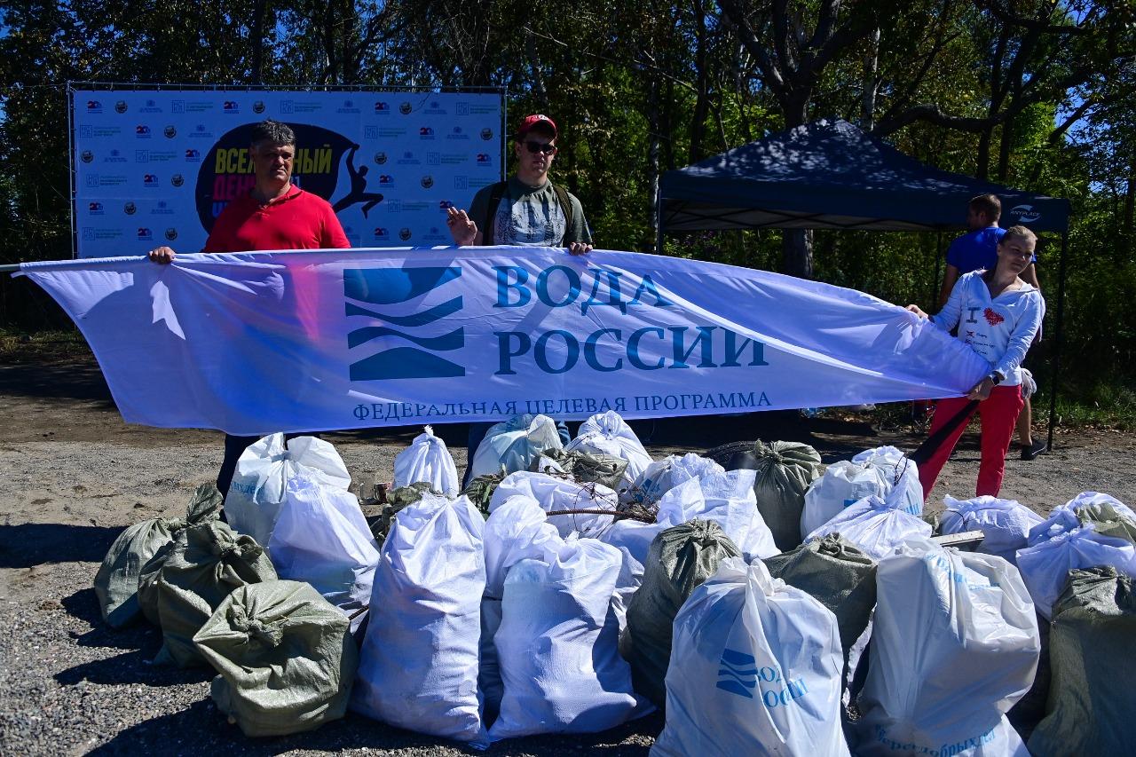 В рамках Всемирного дня Чистоты прошел всероссийский субботник - фото 12