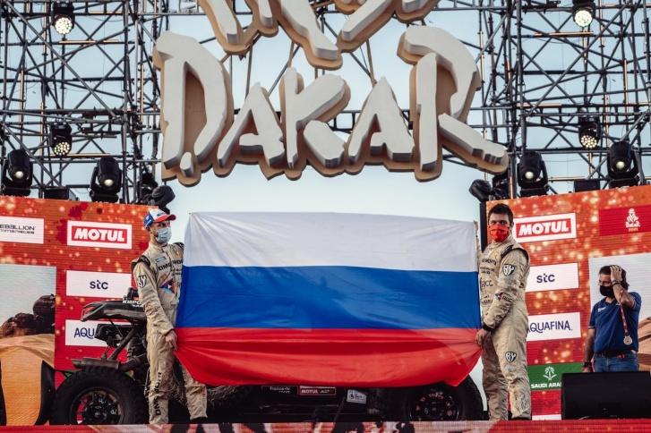 Президент Путин поздравил победителей «Дакара» в зачёте грузовиков - фото 2
