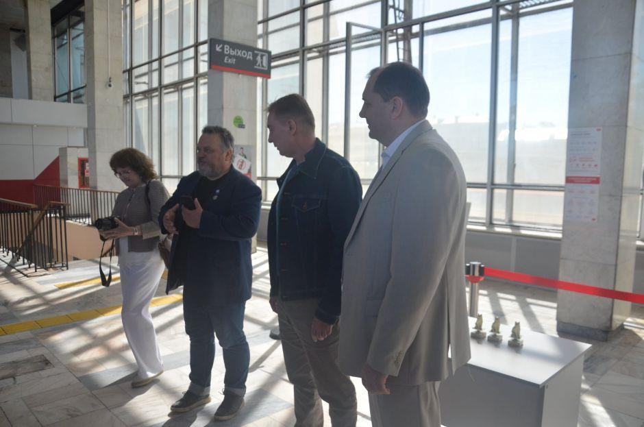 Белорусский вокзал. Экспозиция юных художников «Доброе слово Экология» 2021 - фото 4