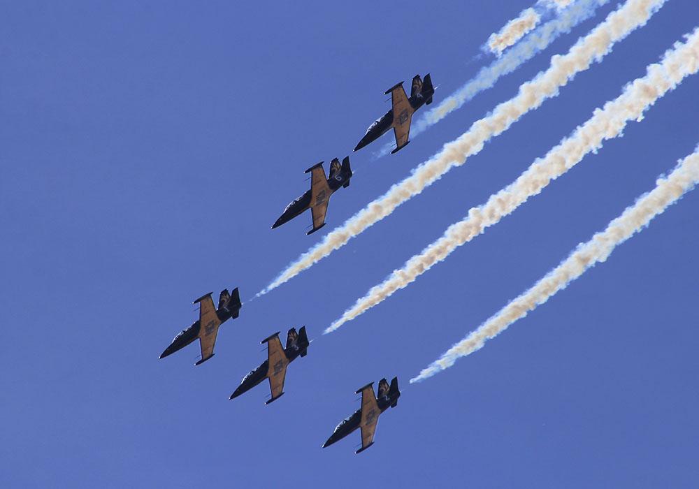 лишь пилотажная группа небесные рыцари фото ведь