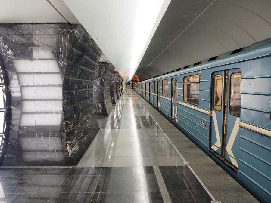 для картинка с ветками метро как сделать простой