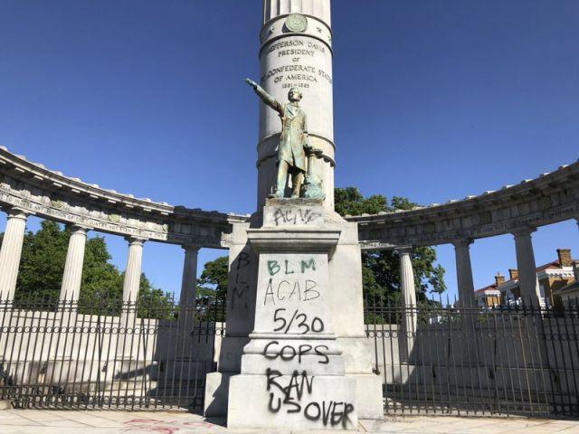 Беспорядки в городах США дошли до осквернения памятников героям Конфедерации - фото 1