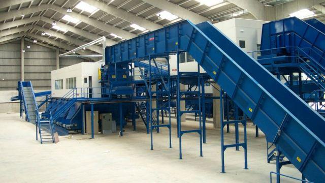 """ВЭБ, """"Ростех"""" и """"Росатом"""" построят 25 заводов по утилизации отходов - фото 1"""